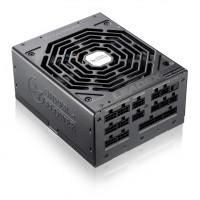 Super Flower Leadex 80+ Titanium 1000W захранване